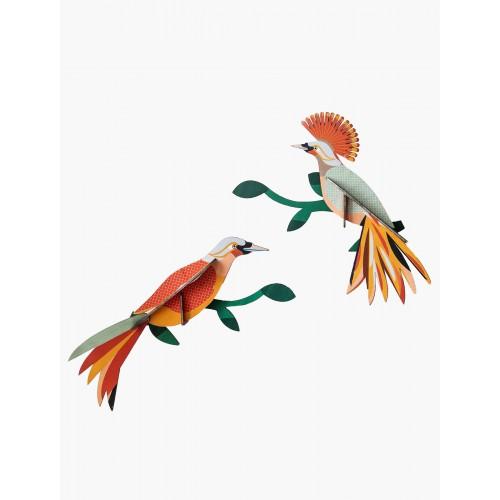 Wall totem, Paradise bird Obi (Studio ROOF)