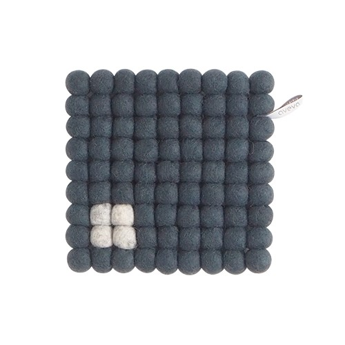 Square trivet, dark grey (Aveva Design)